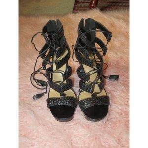 Michael Kors Women 9 Platform Heels Black Leather
